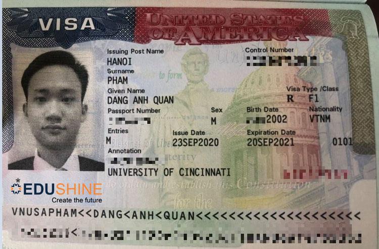 Visa của Quân
