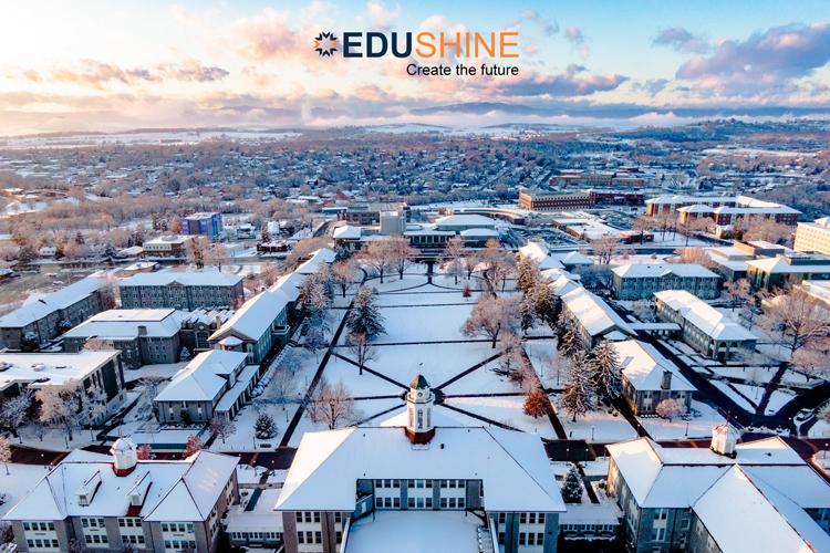 Campus James Madison vào mùa đông